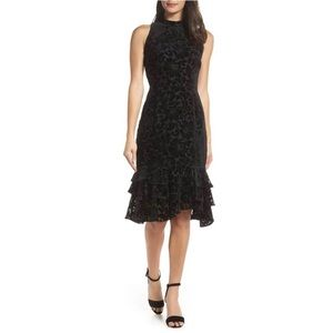 CHELSEA28 ✨NWOT✨ Burnout Velvet Mock Neck Dress